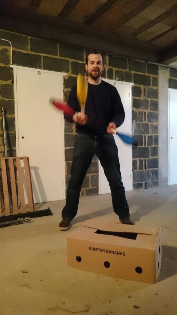 juggleactionshot2